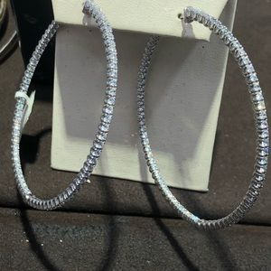 Accessories - Hoops earrings